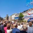 Slavnostní otevření nové budovy Scientologické cíkve v Dánské Kodani Scientologická církev zažila velkolepé otevření nové budovy která oživují ducha Kodaňského historického centra. Projděte si nejdelší a nejrušnější pěší ulici v...